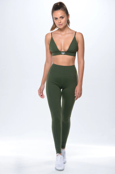 Deep Plunge Sports Bra - Green