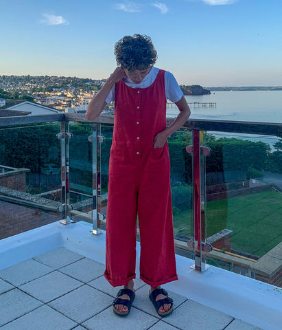 https://www.bibico.co.uk/collections/jumpsuits/products/amber-relaxed-jumpsuit-red?variant=39250063491151