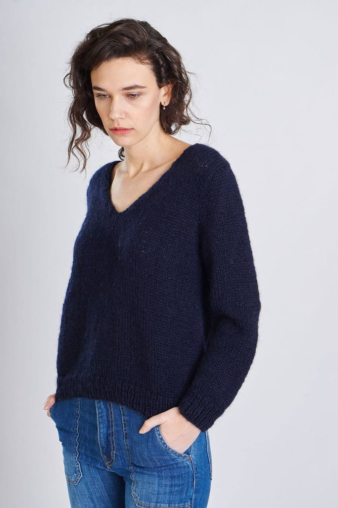 Ava V-Neck Wool Jumper - BIBICO