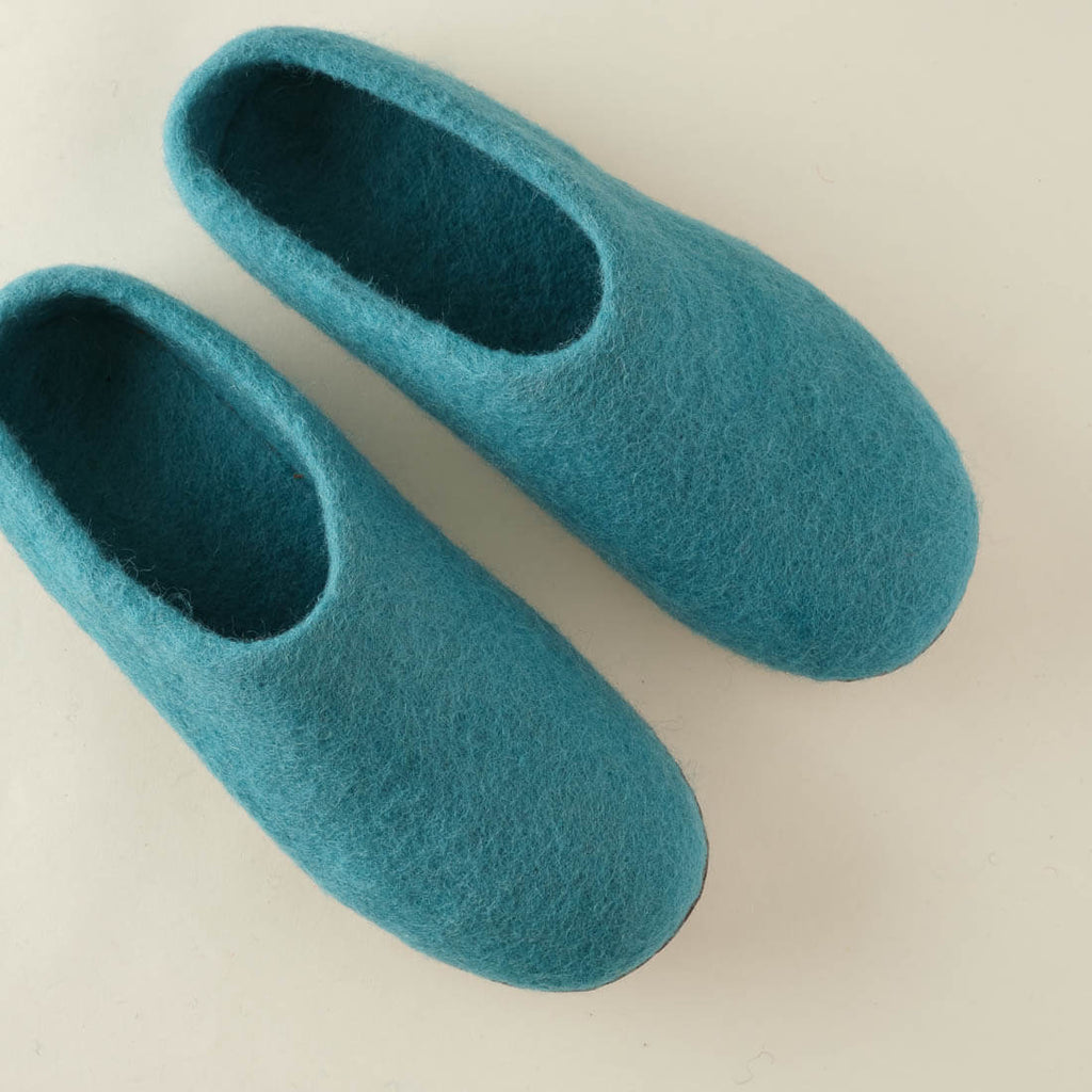 turquiose wool slippers