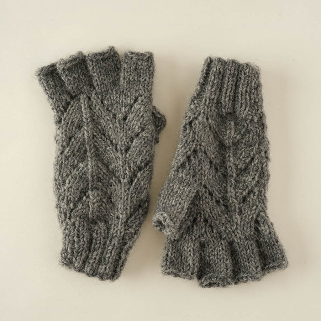 Hand knitted wool mittens with lacy pattern - grey