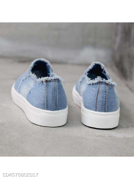 Light Wash Flat Round Toe Casual Sneakers