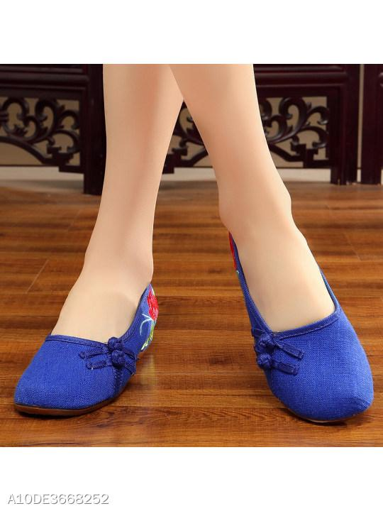 Embroidery Mid Heeled Blend Round Toe Casual Flat & Loafers