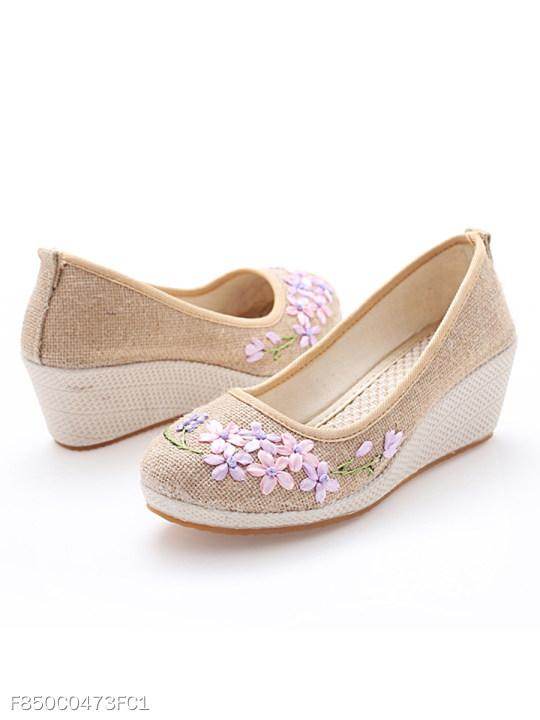 Embroidery Floral High Heeled Linen Round Toe Casual Pumps