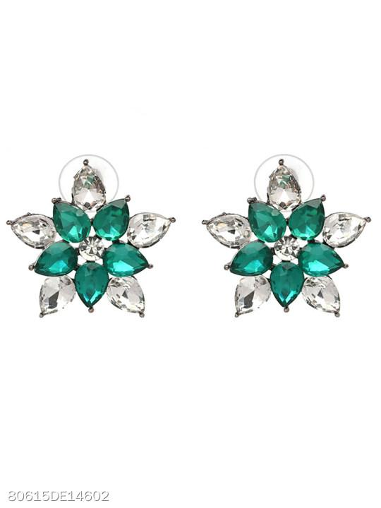 Floral-Shaped Hollow Out Stud Earrings