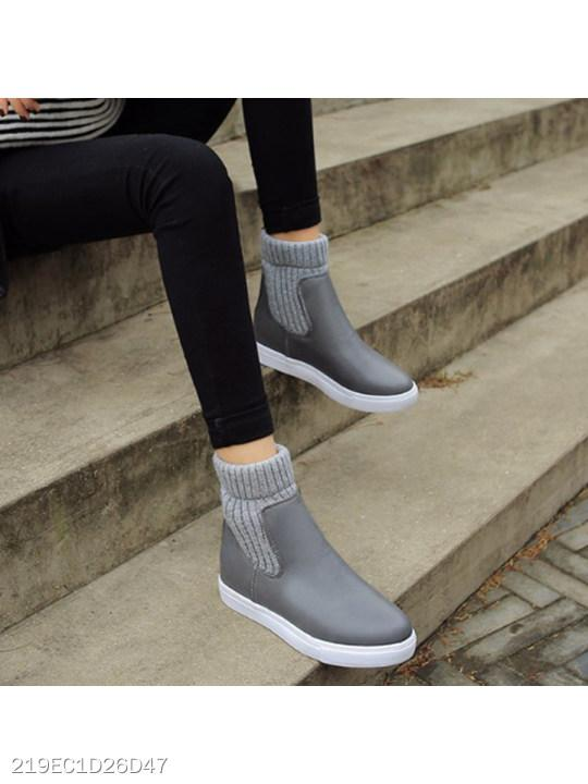 Plain Flat Round Toe Casual Outdoor Short Flat Boots