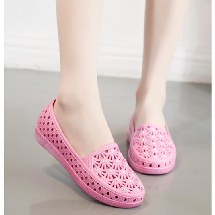 Hollow Out Flat Round Toe Casual Flat & Loafers