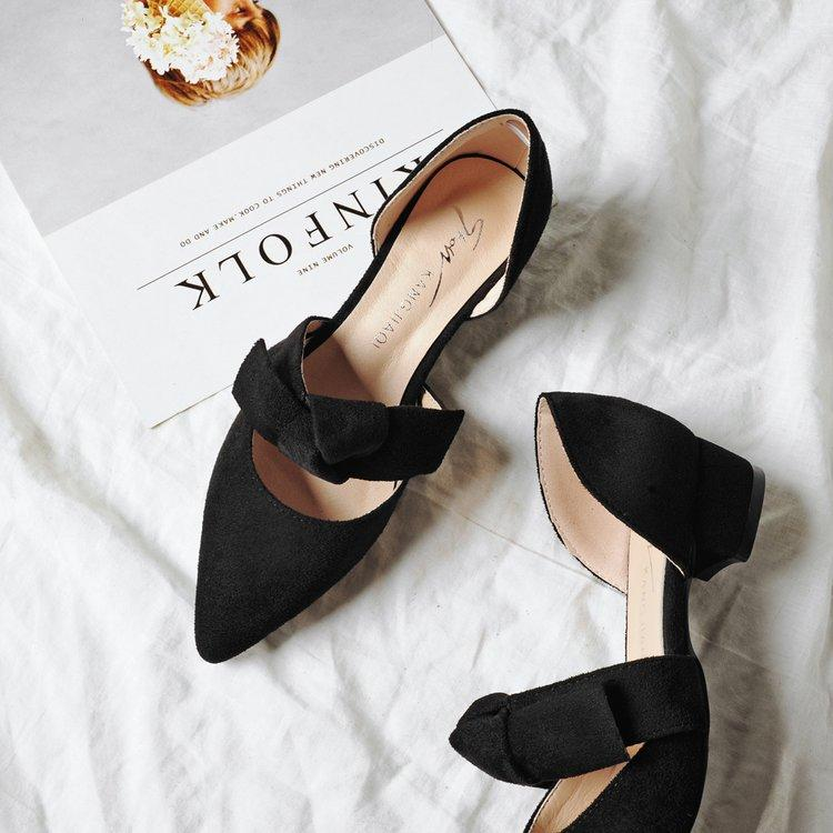 Plain Chunky Low Heeled Velvet Point Toe Date Low Heels