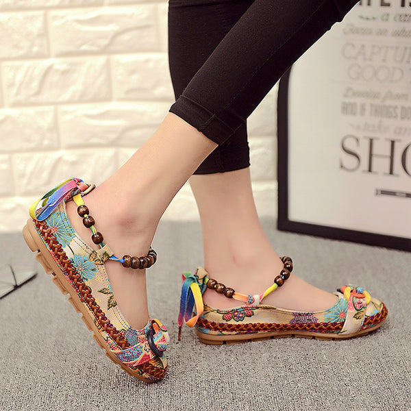 Vintage ethnic embroidery sandals