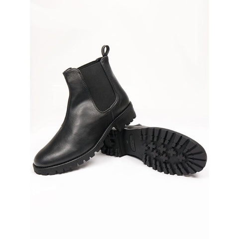 Chelsea Boots - Black - Boots