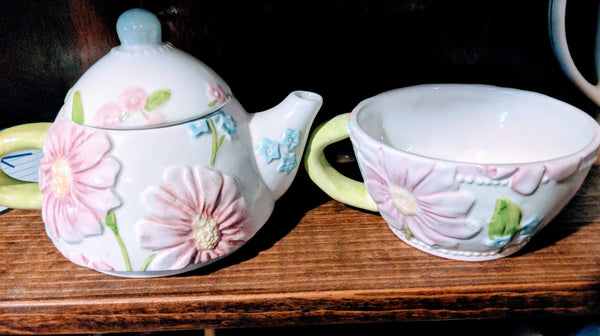Teapot Stacking TEA FOR ONE Daisy Flowers Floral White Pink Blue UNUSED VINTAGE