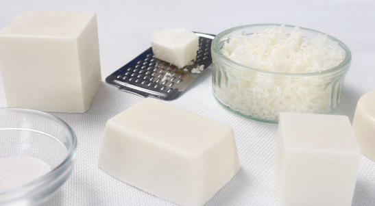 Natural, Non Toxic Cleaning: Zero Waste DISH & LAUNDRY Coconut Oil SOAP Recipes