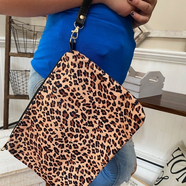 Large Cheetah Clutch Purse