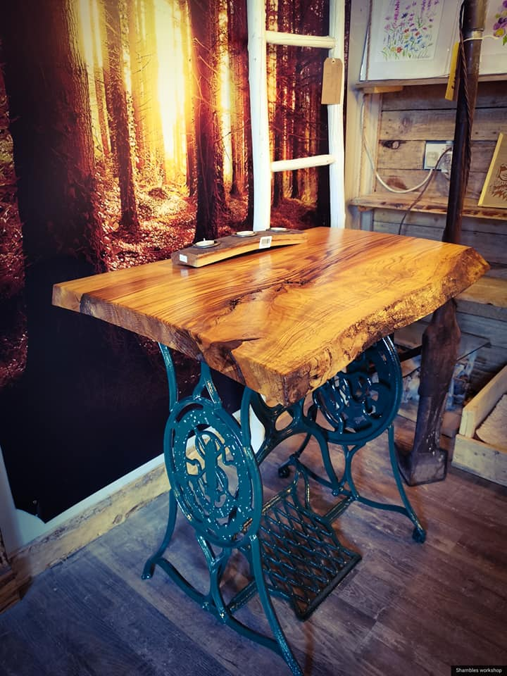 Singer Sewing Machine Table With Live Edge Top