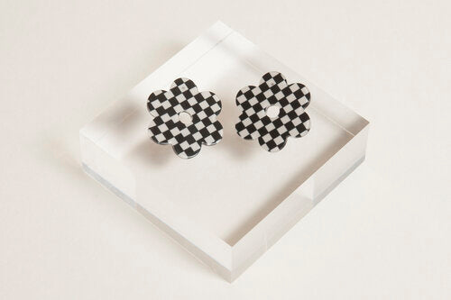Medium Acetate Daisy Earrings