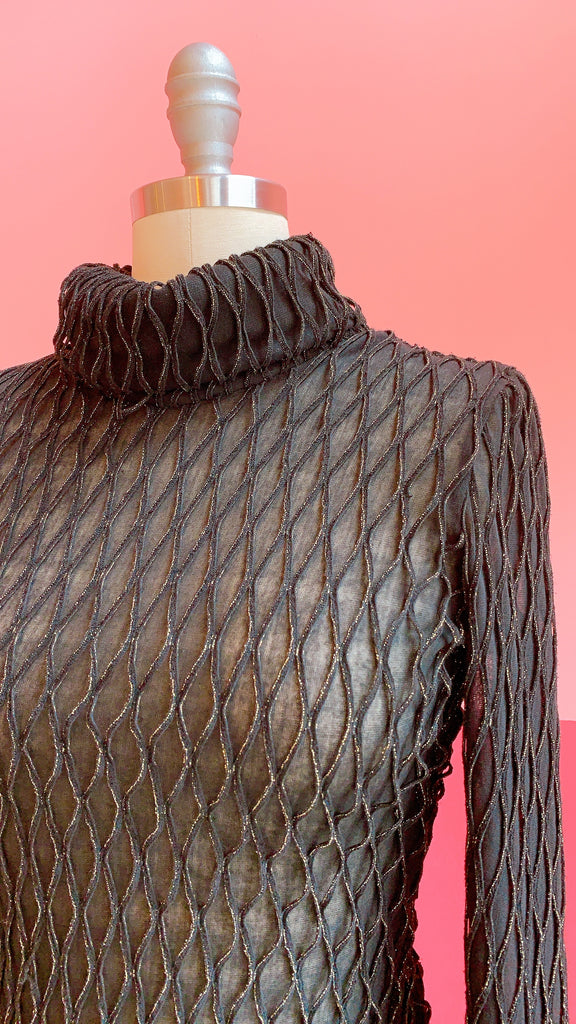 Black and Gold lattice turtleneck, sz. S