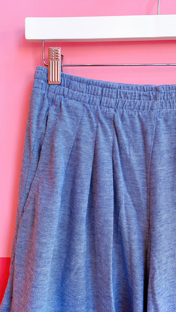 1990s Micro stripe navy shorts, sz. M/L