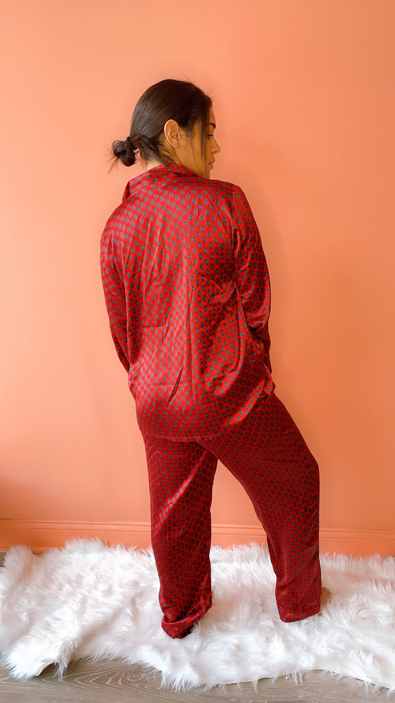 1980s Breakfast in Bed silk PJ set, sz. M/L
