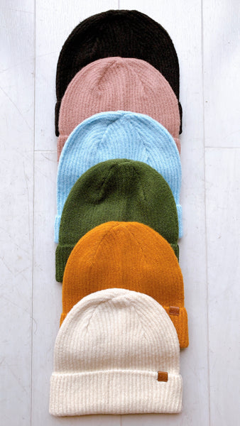 Essential Ribbed Beanie