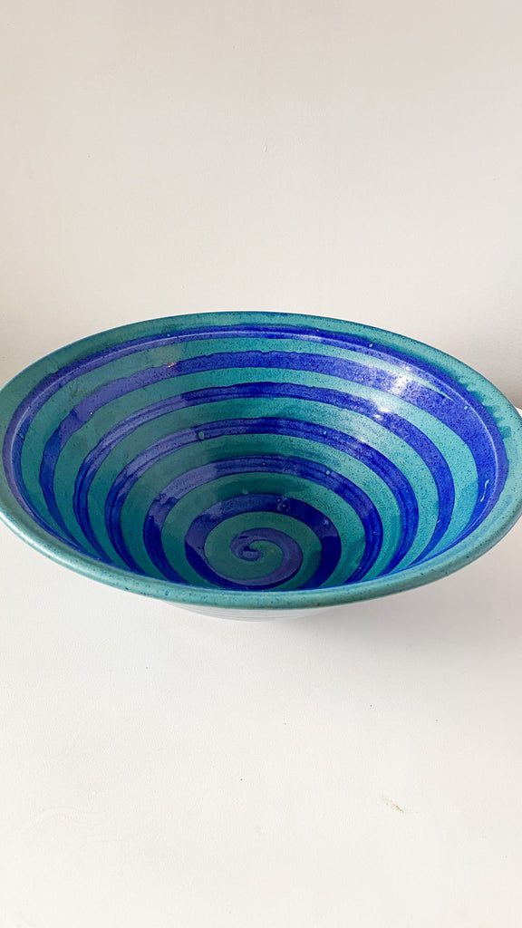 Large Spiral ceramic bowl