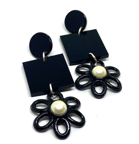 The Dahlia Earring