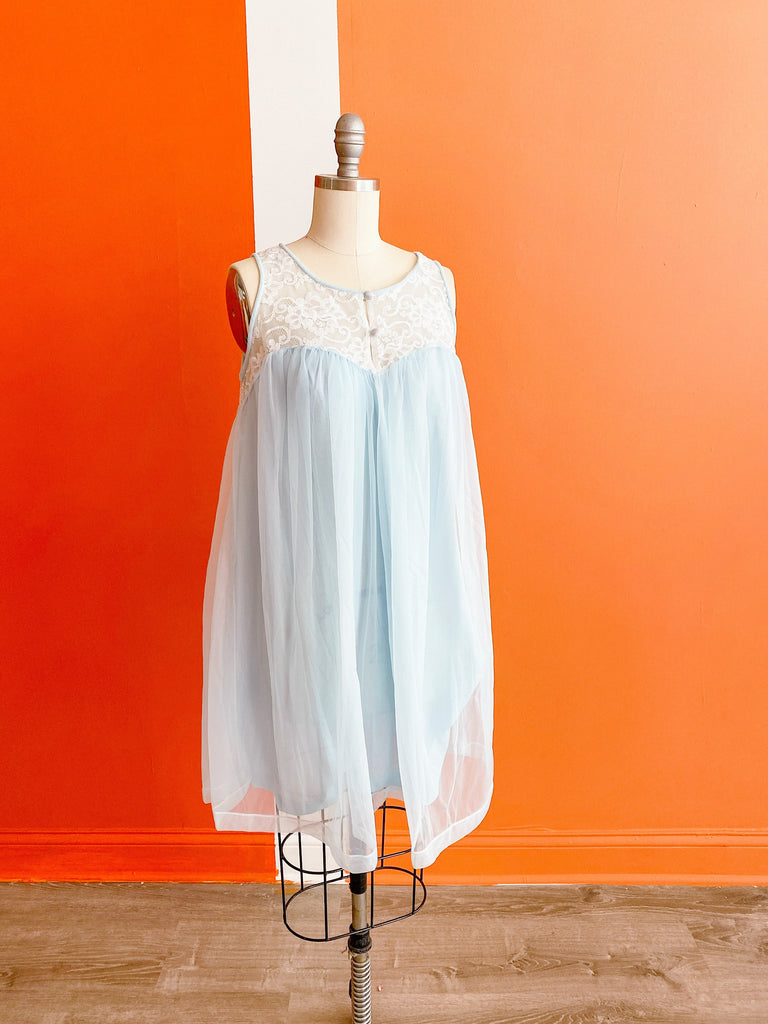 1960s Sweetheart nightgown, sz. S/M