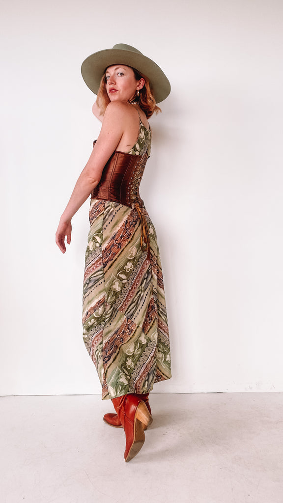 Leather Heeled Boots with brass ring