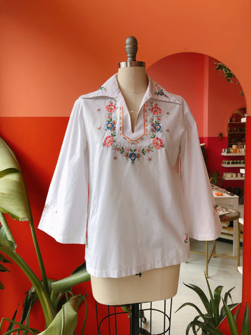1970s White Floral Embroidered Tunic