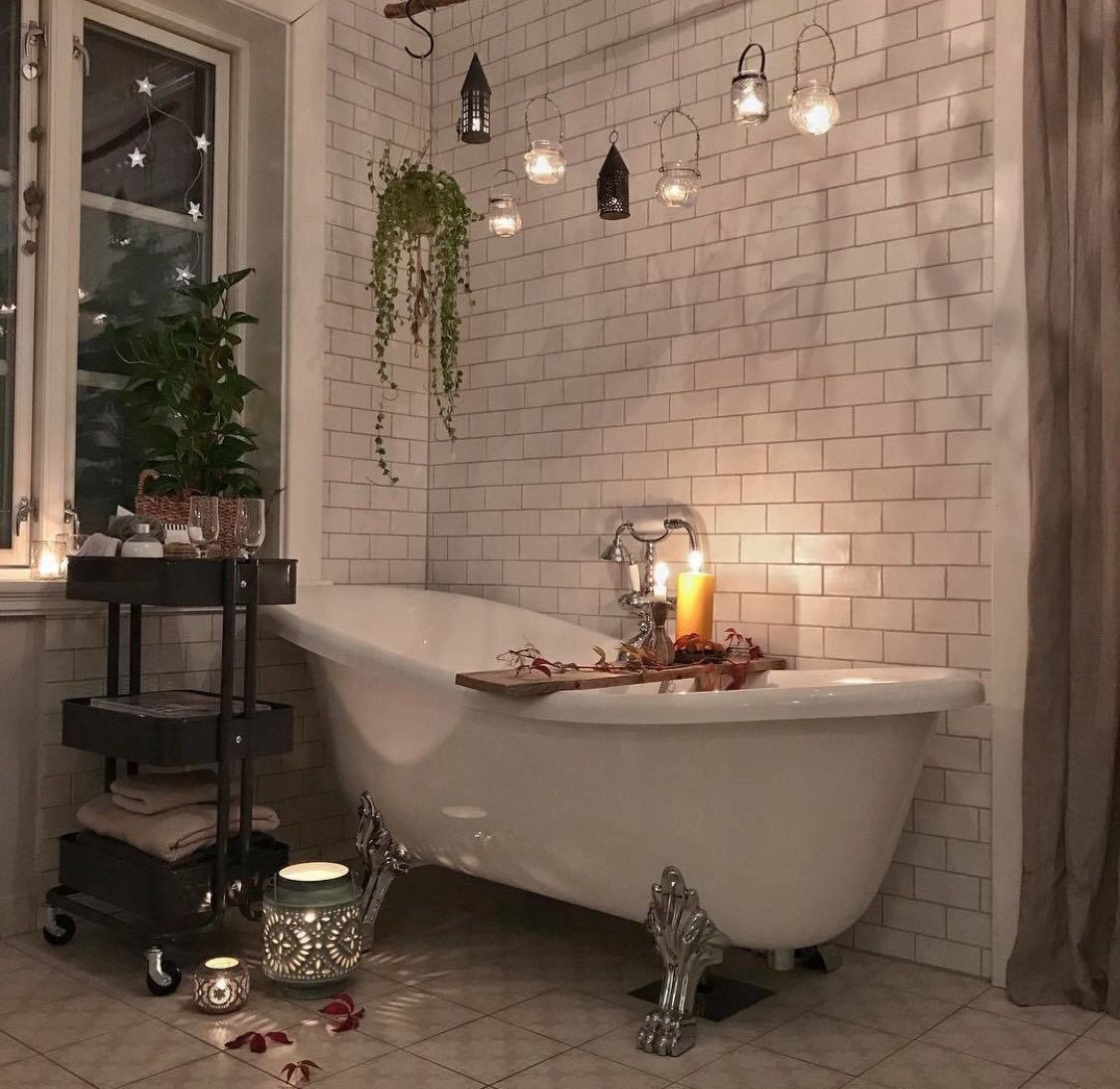 bathtub-valentine's-day-idea-selflove