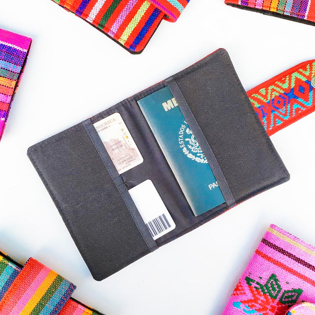 Mi Vida Passport Holder