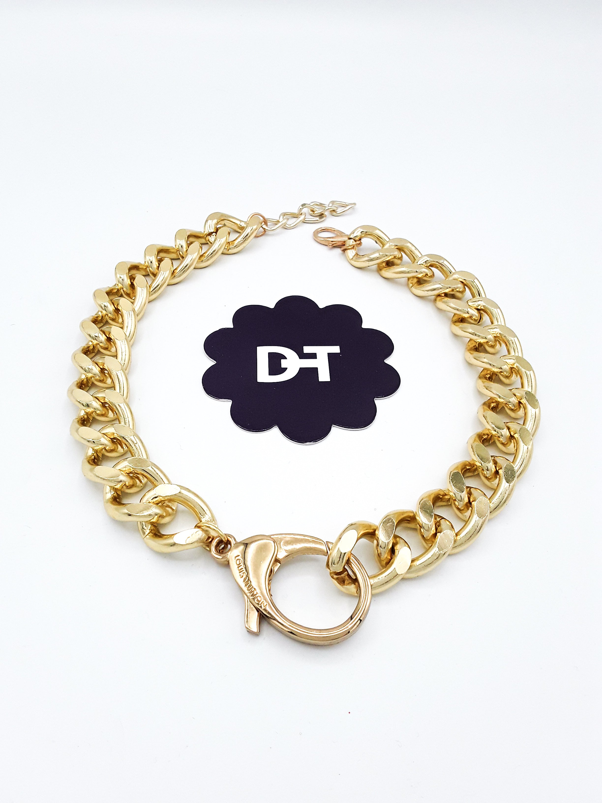 Dramatic Bag Charm Choker-Style Necklace