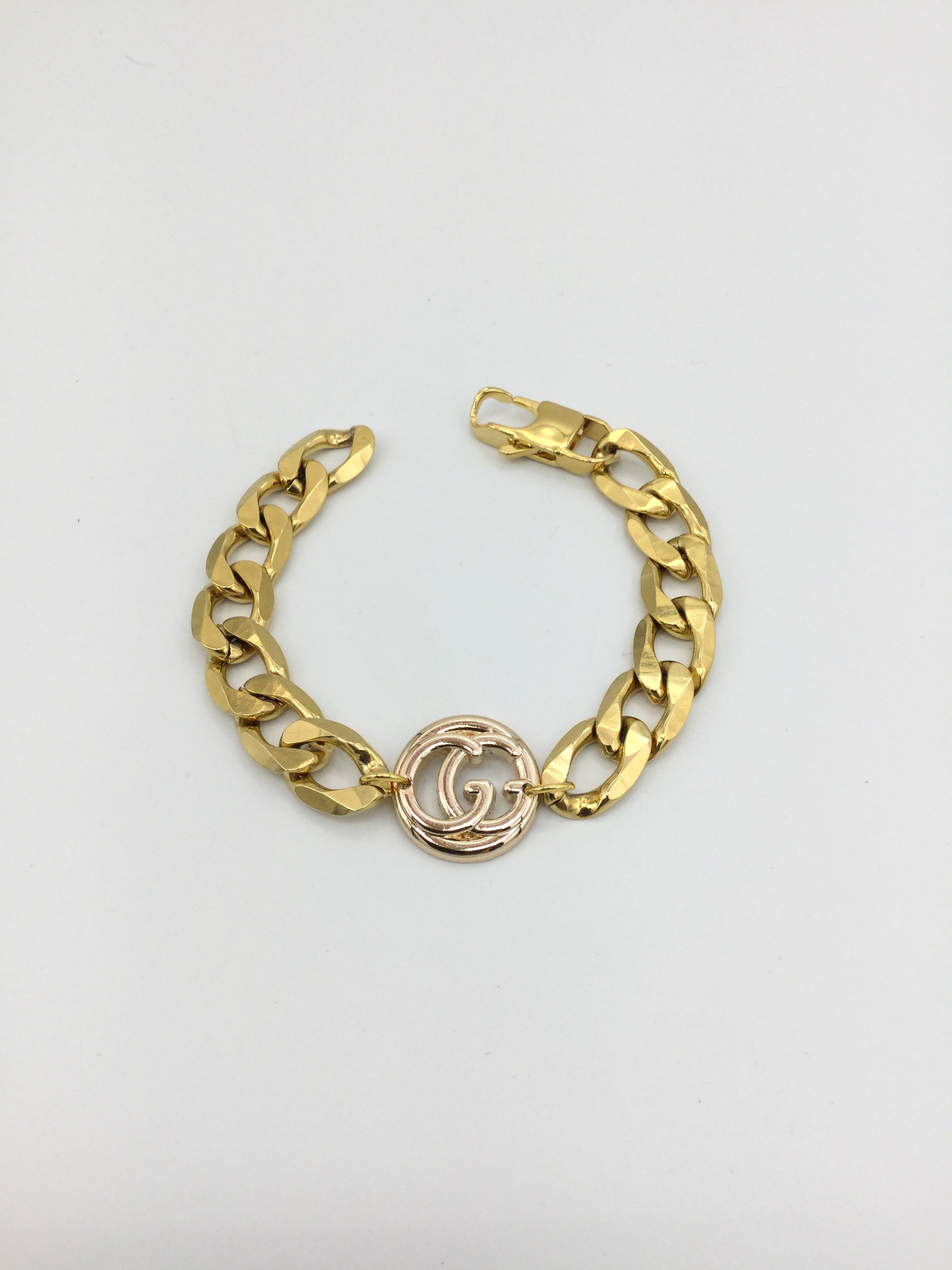 Designer Cut-Out Button Chunky Chain Bracelet