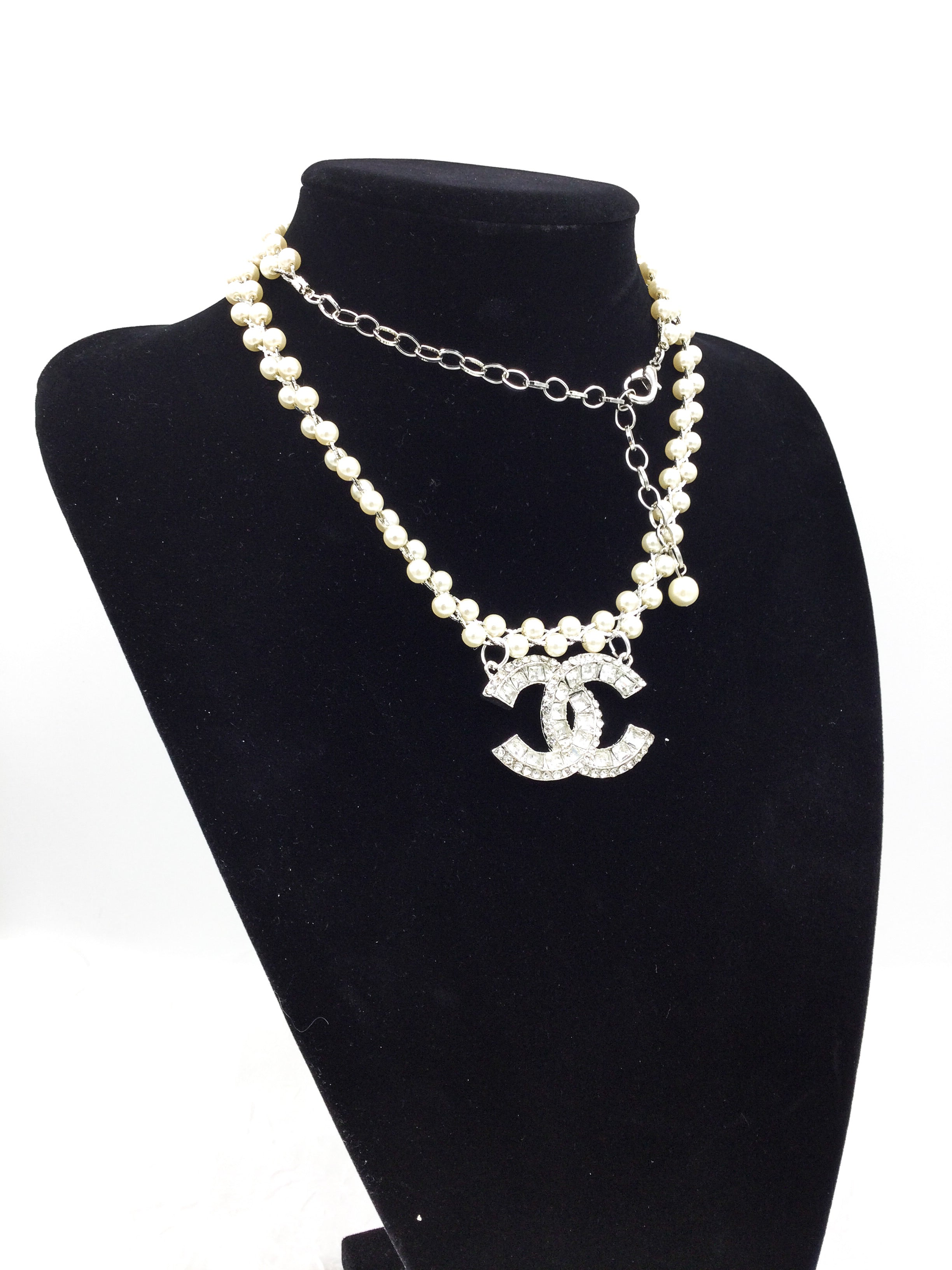 Ultra-Glam Faux Pearl Designer Button Rhinestone Necklace