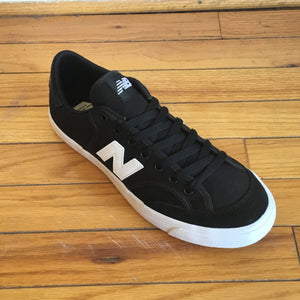 New Balance 212 Black/white