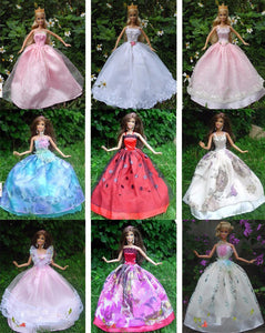 5 Pcs Handmade  Dresses Grows  for Barbie Doll
