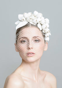 LEATHER BLOSSOMS Hairband with Veil