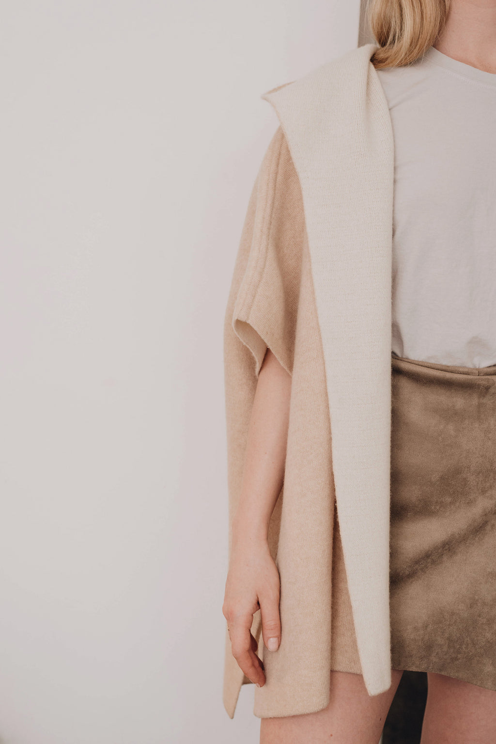Hooded Poncho - Beige/Ivory