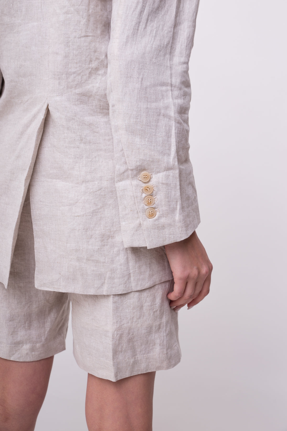 Light weight cotton suit jacket.