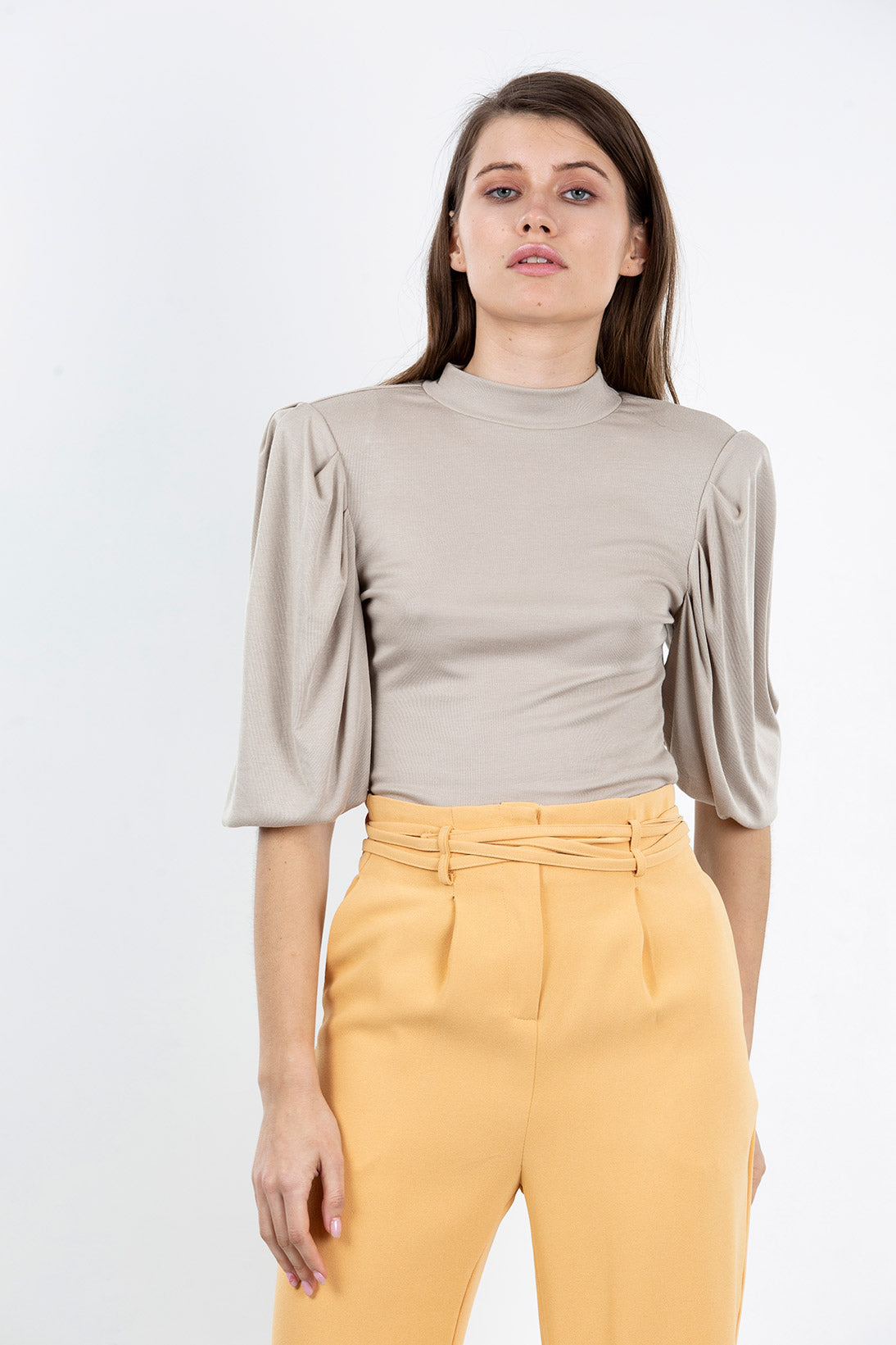 basic statement top (stone)