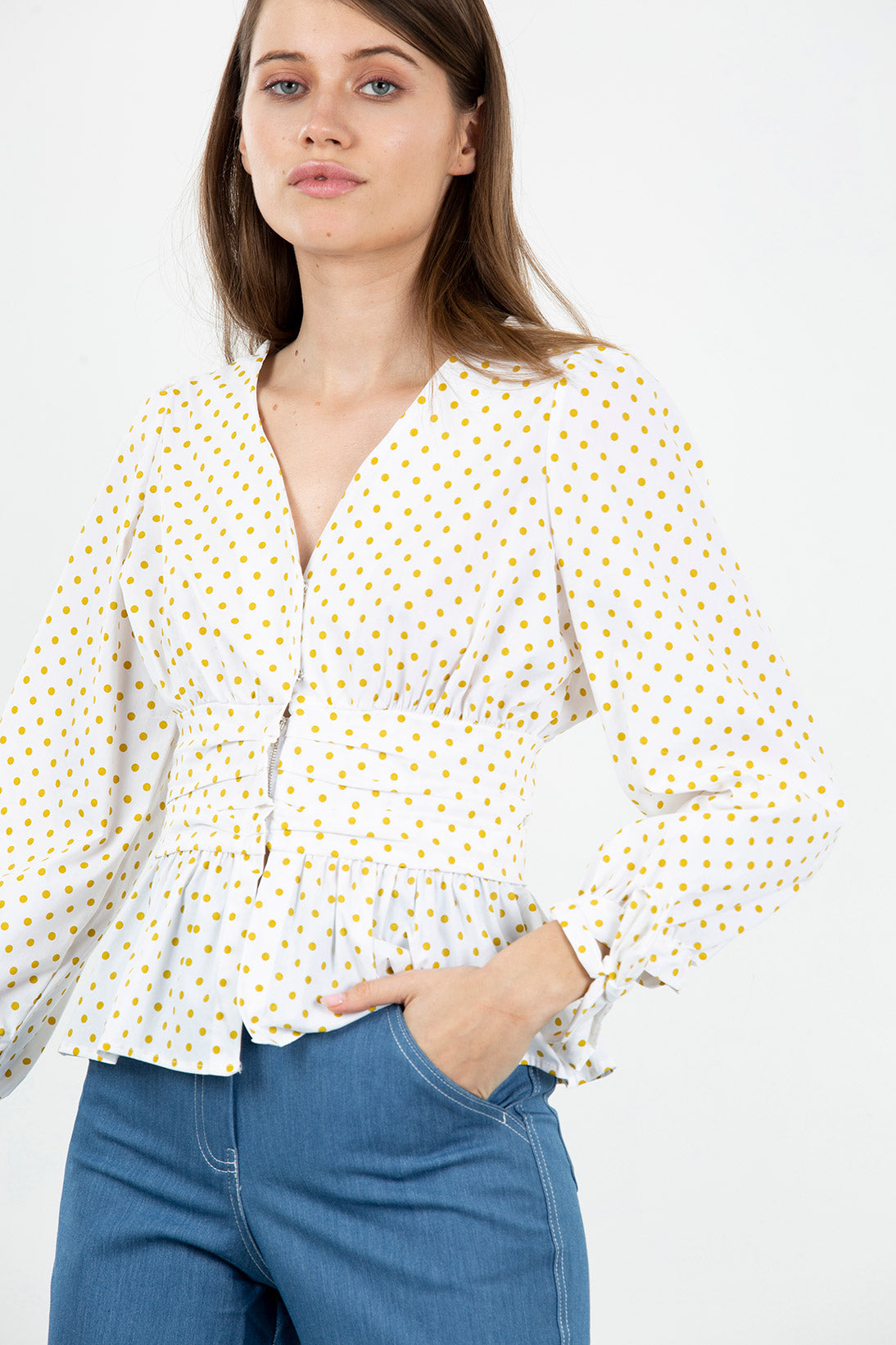 Gold dots top