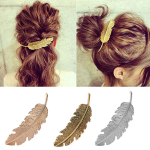 1Pcs Fashion Metal Leaf Shape Hair Clip Barrettes Crystal Pearl Hairpin Barrette Color Feather Hair Claws Hair Styling Tool
