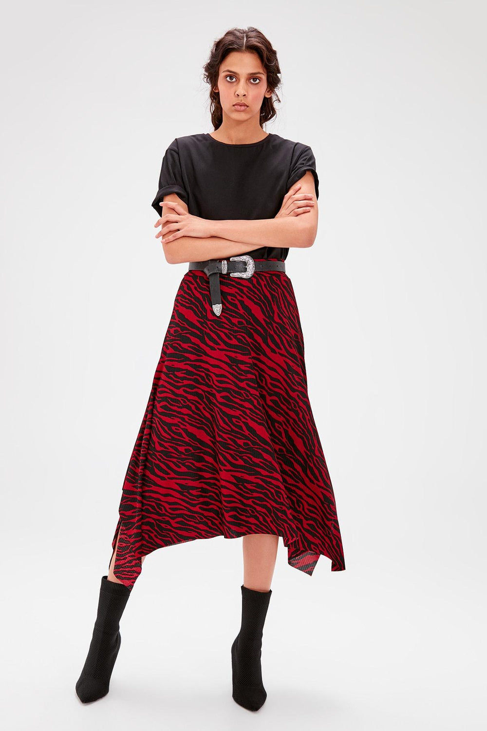 Miss Zut Miss Zut Burgundy Patterned Asymmetrical Knitted Skirt Miss Zut &CO