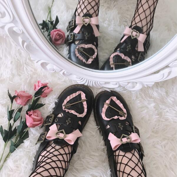 lolita retro love heart leather shoes yc23197
