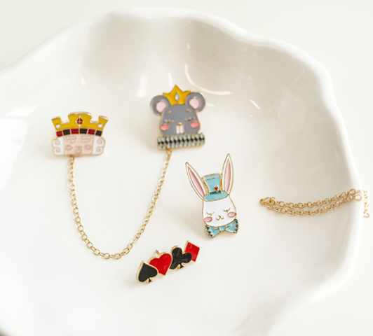 Alice COS brooch   YC21502