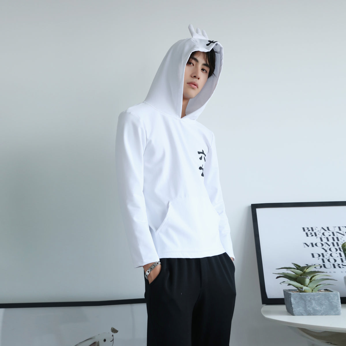 Assassin Wu Liuqi COS sweater YC20208