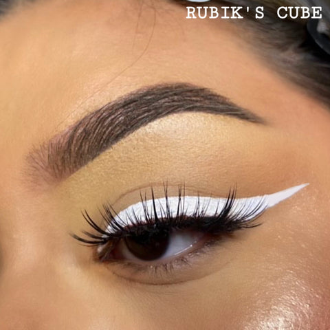 RUBIK'S CUBE - WHITE GRAPHIC LINER