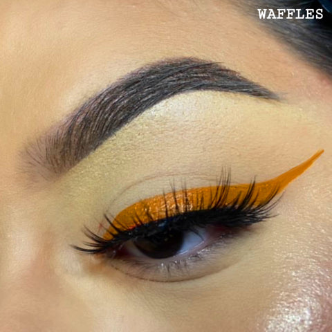 WAFFLES - BROWN GRAPHIC LINER