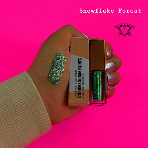 SNOWFLAKE FOREST LIQUID EYESHADOW