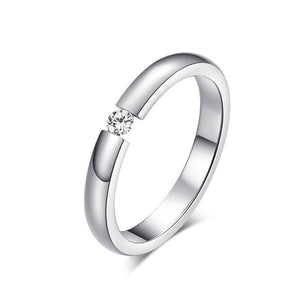 Elegant Titanium Steel Couple Ring with a beautiful Rhinestone
