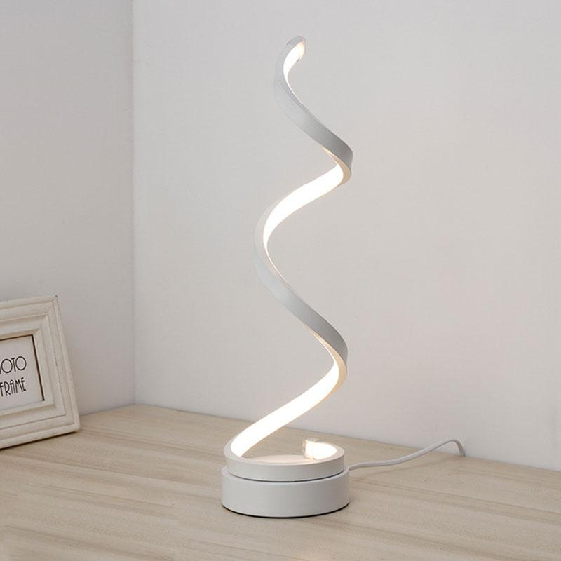 Esquirely Modern Table Lamp